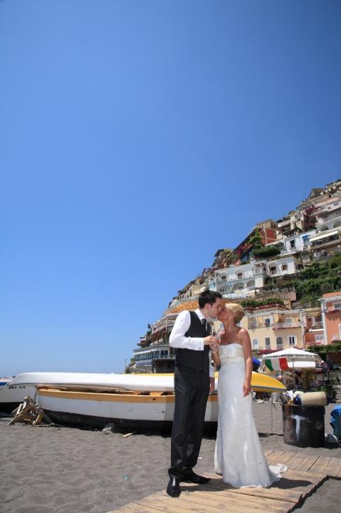 Matrimonio Spiaggia Positano : Matrimonio a positano e in costiera amalfitana theweddingkey